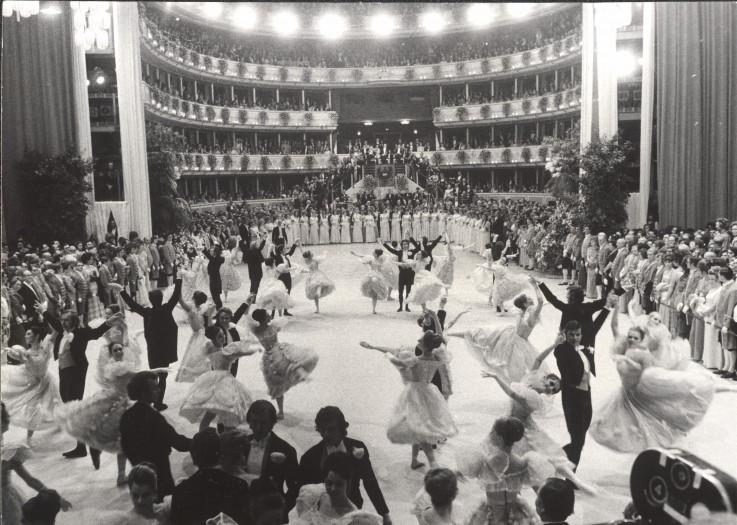 Wiener Opernball 1973, Tanzeinlage des Staatopernballetts, ÖNB Bildarchiv und Grafiksammlung