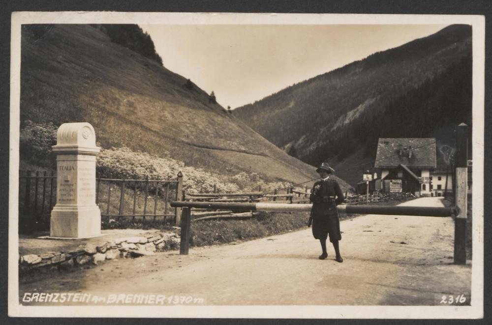 """""""Grenzstein am Brenner"""", Postkarte, nach 1921"""