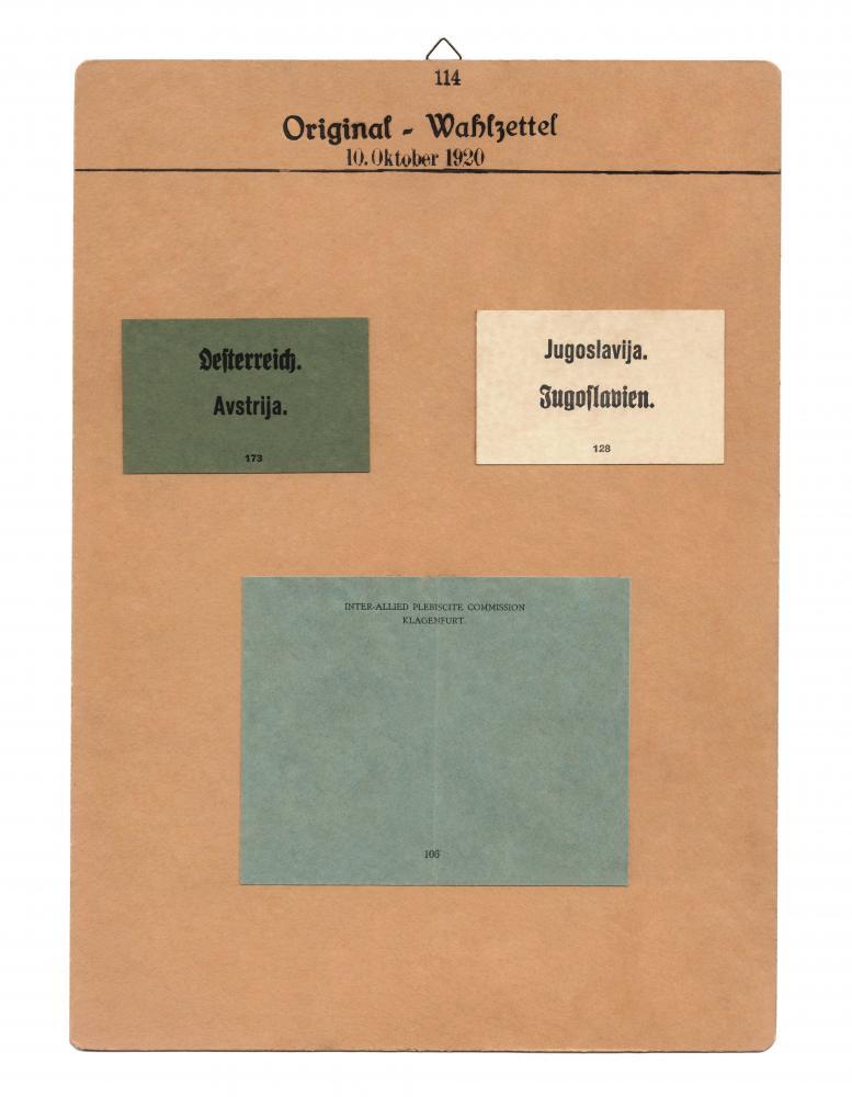 """Aufnahmen von Kärntner Stimmzettel für die Volksabstimmung gesammelt von Richard Strauss, geb. 1897, Völkermarkt, für die """"Sammlung Kärntner-Volksabstimmung 1919–1920"""""""