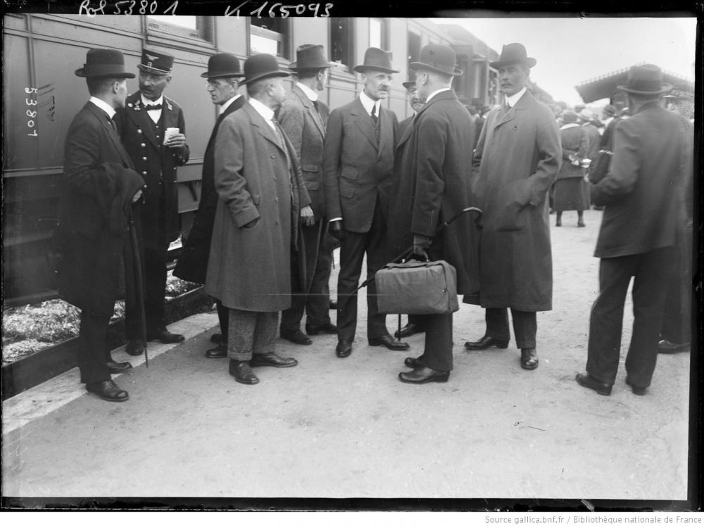 Ankunft der österreichischen Gesandtschaft in Saint-Germain-en-Laye am 14.05.1919
