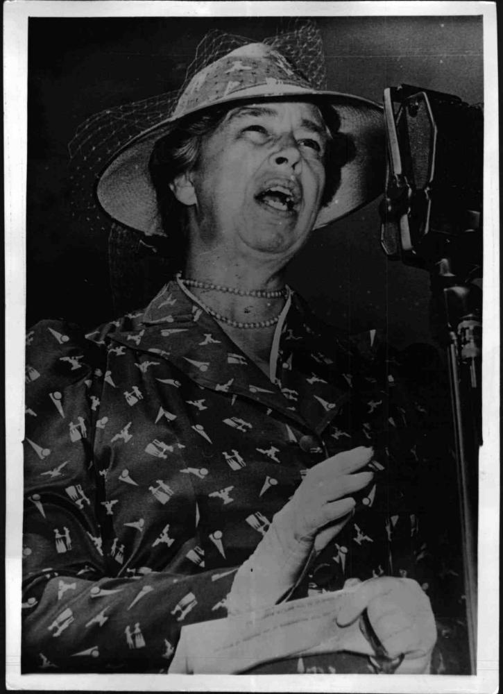 Eleanor Roosevelt bei einer Rede, 15.09.1941